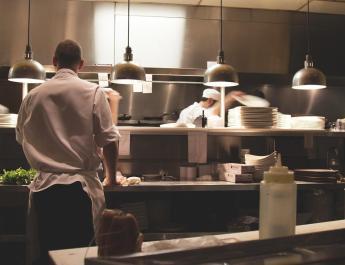Co powinno znajdować się w lokalu gastronomicznym?