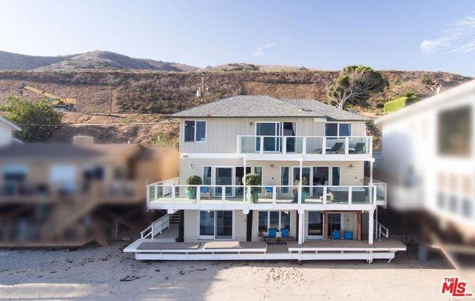 Jennifer Lopez and Alex Rodriguez's new beach home in Malibu, CA
