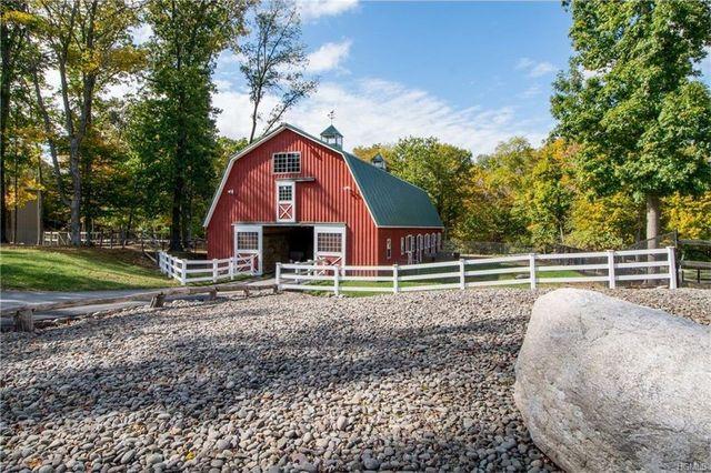 Paul Teutel Sr.'s barn