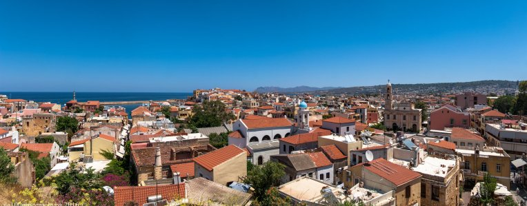 20160723-chania_roofs-panorama-10-images