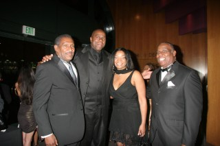 Willis-Magic-Tia -Ron