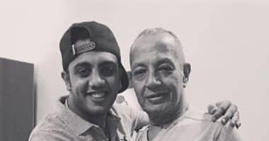 """Photo of أوس أوس يحيى الذكرى الثانية على رحيل والده:"""" وحشتنى أوى يا غالى"""""""