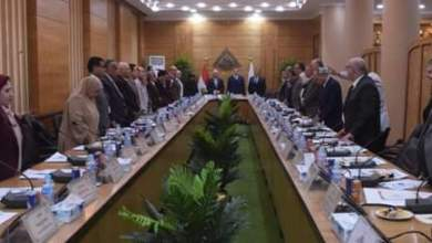 Photo of مجلس جامعة بنها يقف دقيقة حداد على وفاة الرئيس الأسبق حسني مبارك