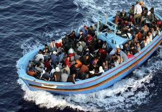 Photo of الهجرة الدولية: سفينة تجارية تنقذ 35 مهاجرا قبالة سواحل ليبيا