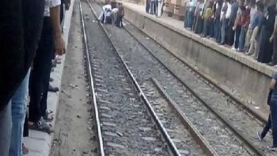 "Photo of انتحار ""مريض نفسي"" أمام قطار في محطة سكك حديد قنا"