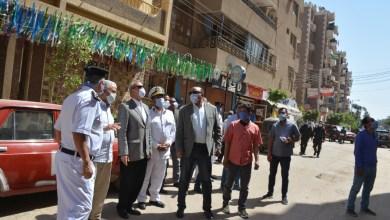 Photo of إزالة أدوار مخالفة بأحد الأبراج بالقناطر الخيرية لليوم الثالث على التوالي