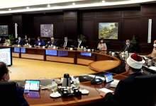 """Photo of رئيس الوزراء يحذر من التخلي عن إجراءات """"كورونا"""" الاحترازية"""