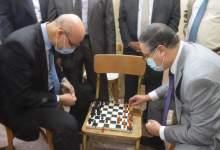 Photo of مباراة شطرنج وتنس جمعت رئيس جامعة بنها وعميد الطب البيطرى والطلاب بمشتهر
