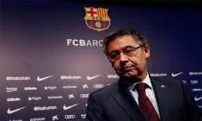 Photo of بارتوميو يعلن استقالته من رئاسة نادي برشلونة