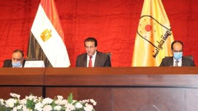 Photo of عبدالغفار يؤكد الالتزام بانتظام الدراسة والإجراءات الاحترازية