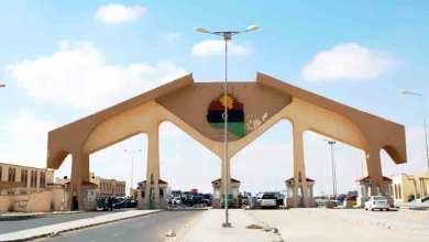 Photo of الشكاوى الحكومية: حل مشكلة 200 سائق عالق بالمعبر الليبي بالتنسيق مع الخارجية