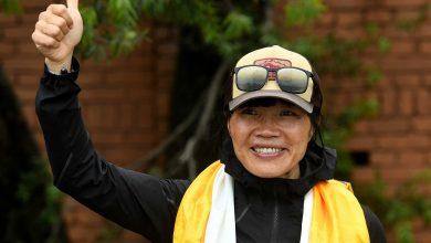 """Photo of أسرع امرأة تتسلق قمة """"إيفرست"""" سعيدة بإنجازها"""