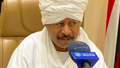 """ماذا رد """"حمدوك"""" على تغريدة """"ترامب"""" حول السودان"""