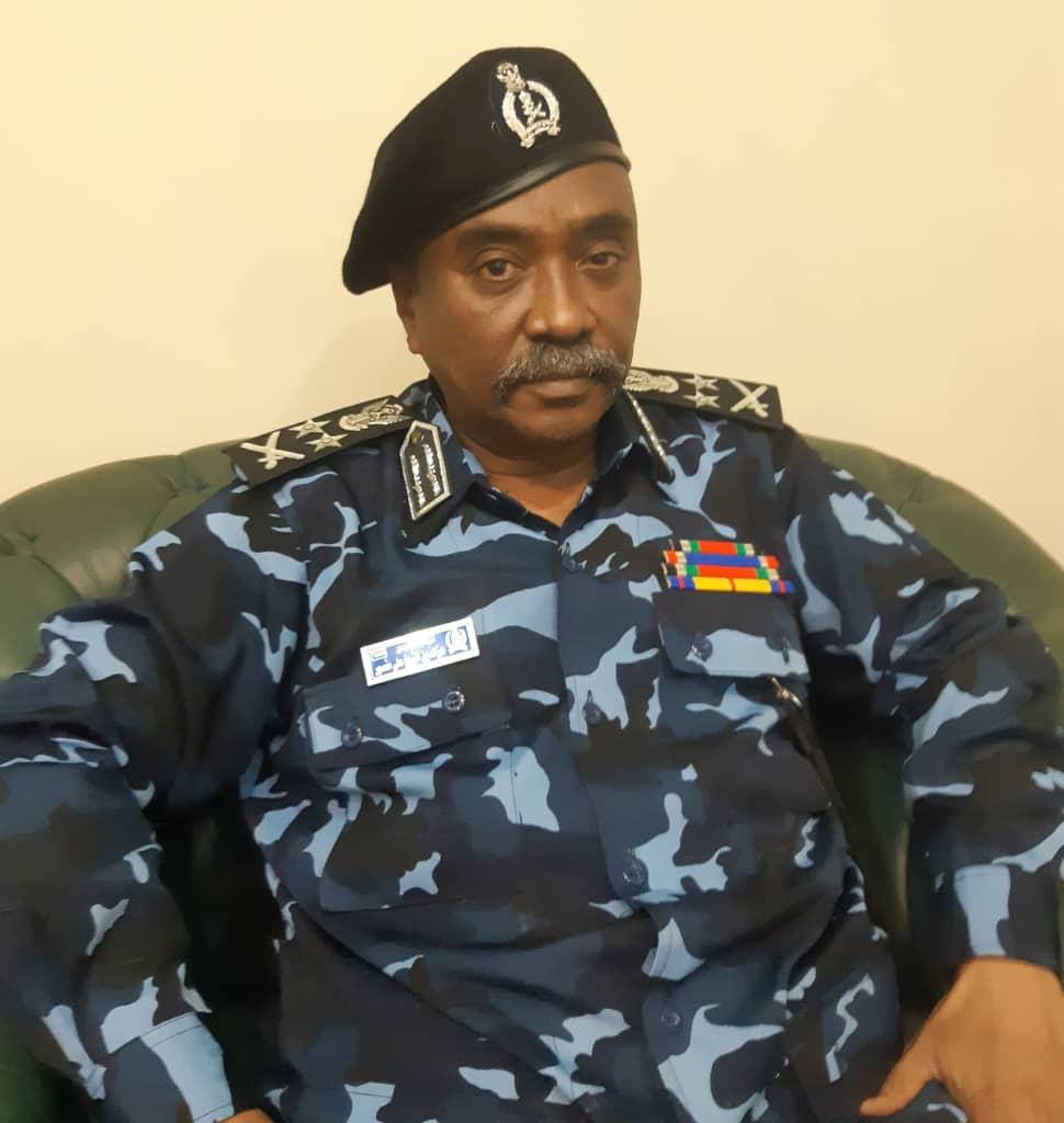 """السودان.. """"وزير الداخلية"""" يعلن عن قرارات سريعة وعاجلة بغرب دارفور"""
