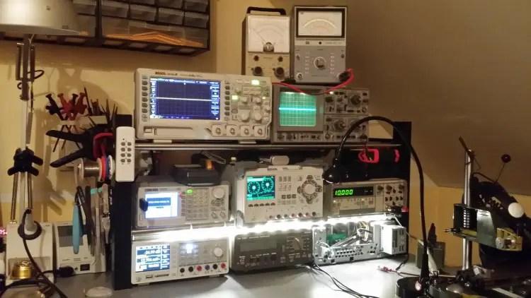 Ein Teil meiner Elektronikwerkstatt