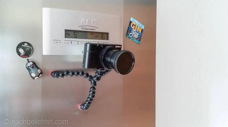 Die Sony RX100 III mit dem Gorilla Pod magnetisch an der Kühlschranktür