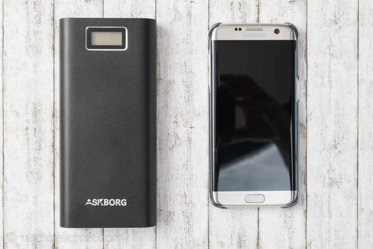Größenvergleich zum Samsung S7 Edge