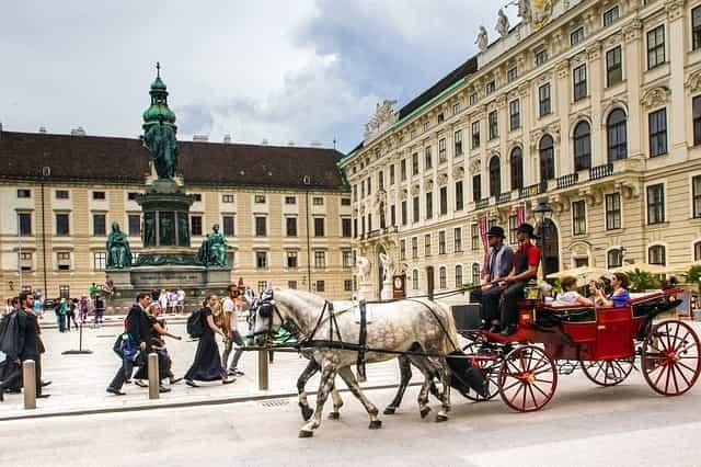 wien hofburg fiaker schloss architektur innenstadt gebäude skulptur wien wien wien wien wien