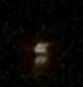 拡大:石垣島2013年7月の宇宙船 海面