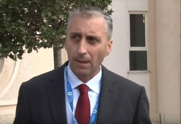 """БЕЗ ИМАЛО СРАМА: Ово је црногорски официр који је присуствовао прослави """"Олује"""" у Kнину (ФОТО) 1"""