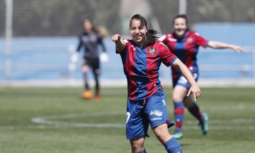 ¡Charlyn Corral, máxima goleadora de la Liga Femenina de España!