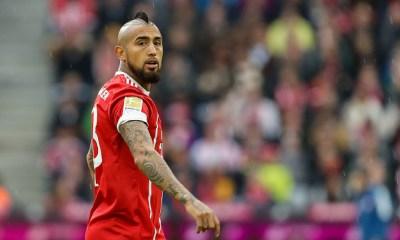 Vidal abandonó la concentración del Bayern