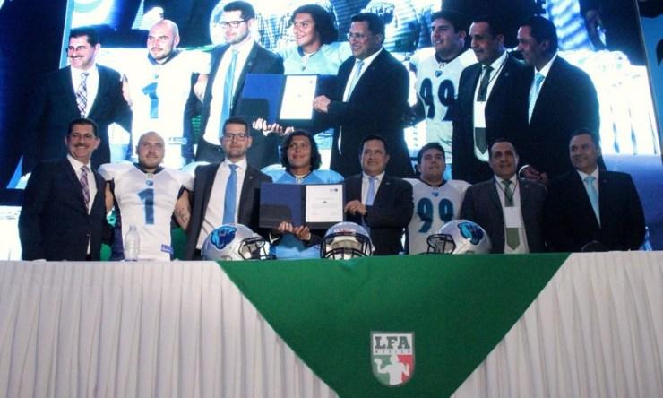 LFA presentó nuevo equipo en Toluca