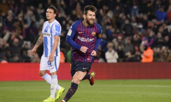 Messi salió desde la banca para rescatar al Barcelona