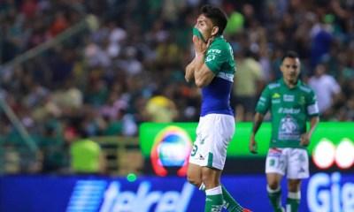Ángel Mena salió lesionado entre lágrimas