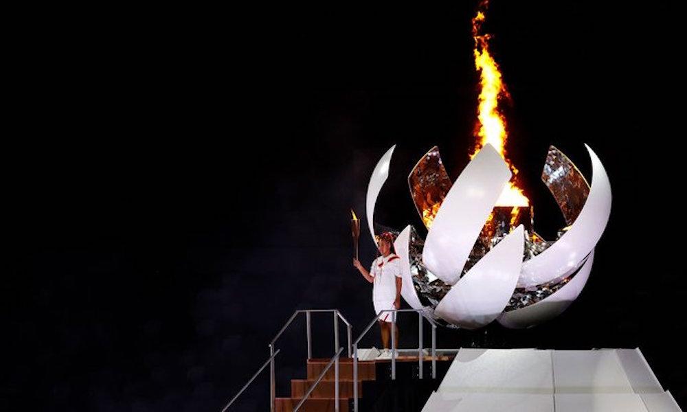Naomi Osaka encendió el pebetero de los Juegos Olímpicos