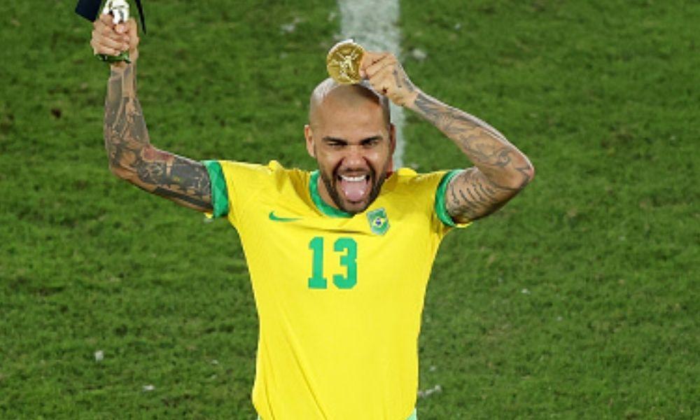 Dani Alves futbolista con más títulos en la historia