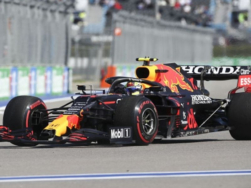 Checo Pérez largará noveno en GP de Rusia