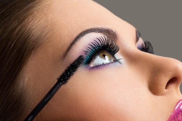 Como Fazer Seus Olhos Parecerem Maiores
