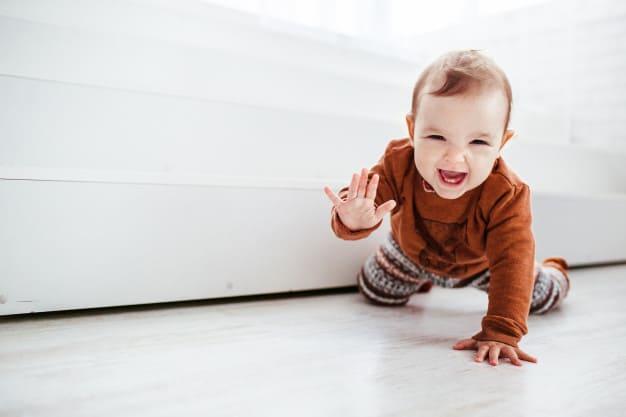 Bebê menino