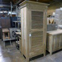 Louvered Cabinet - Nadeau Chicago