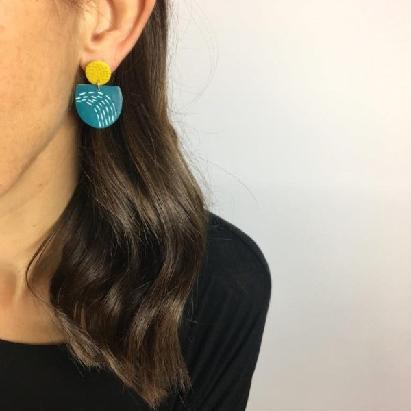 colourful earrings by nadege Honey