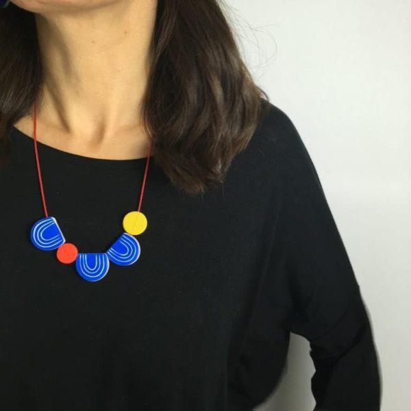 Shape necklace by Nadege Honey