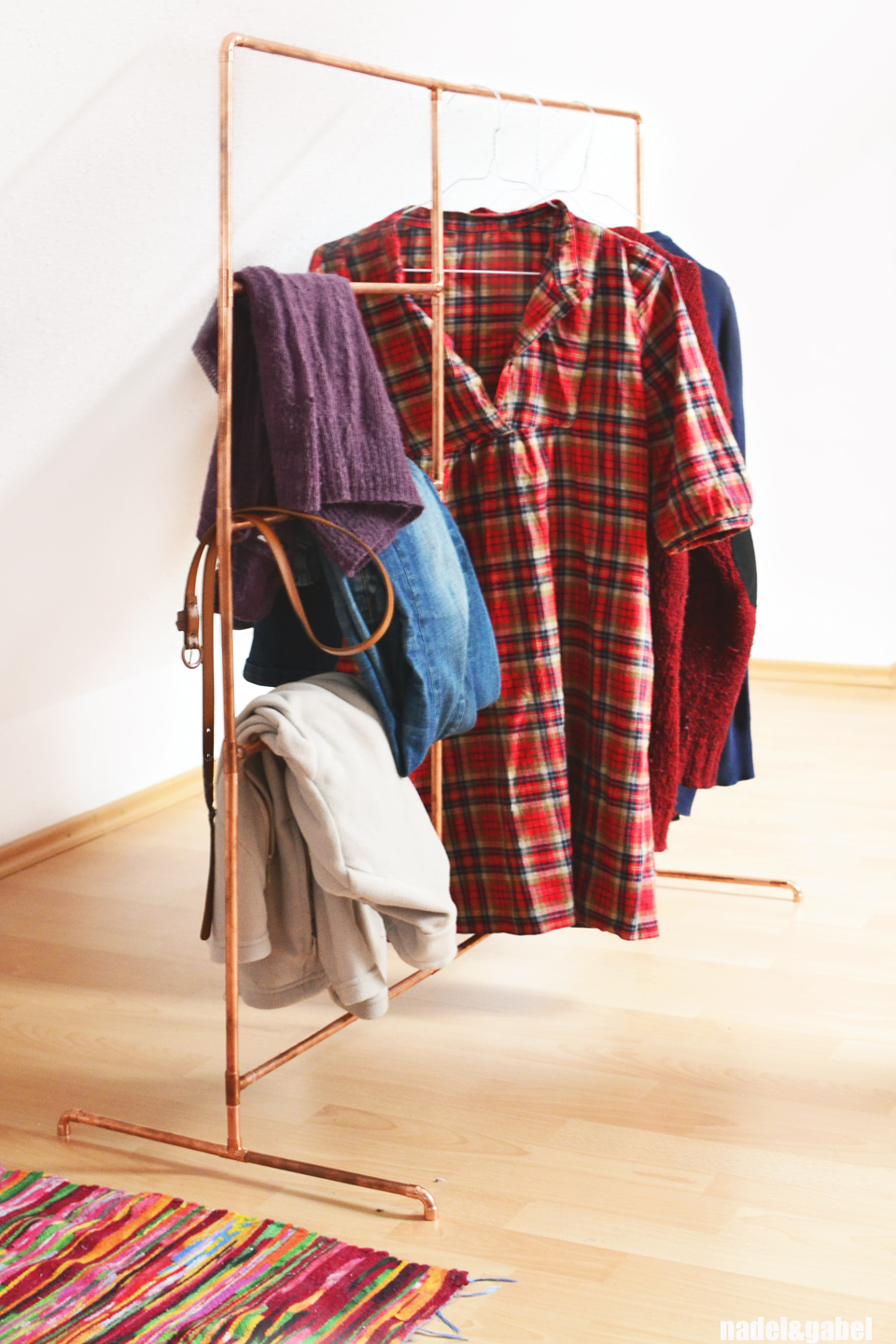 diy clothes rack from copper pipes