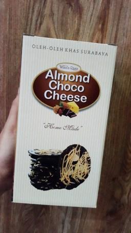 Almond Crispy Chocolate