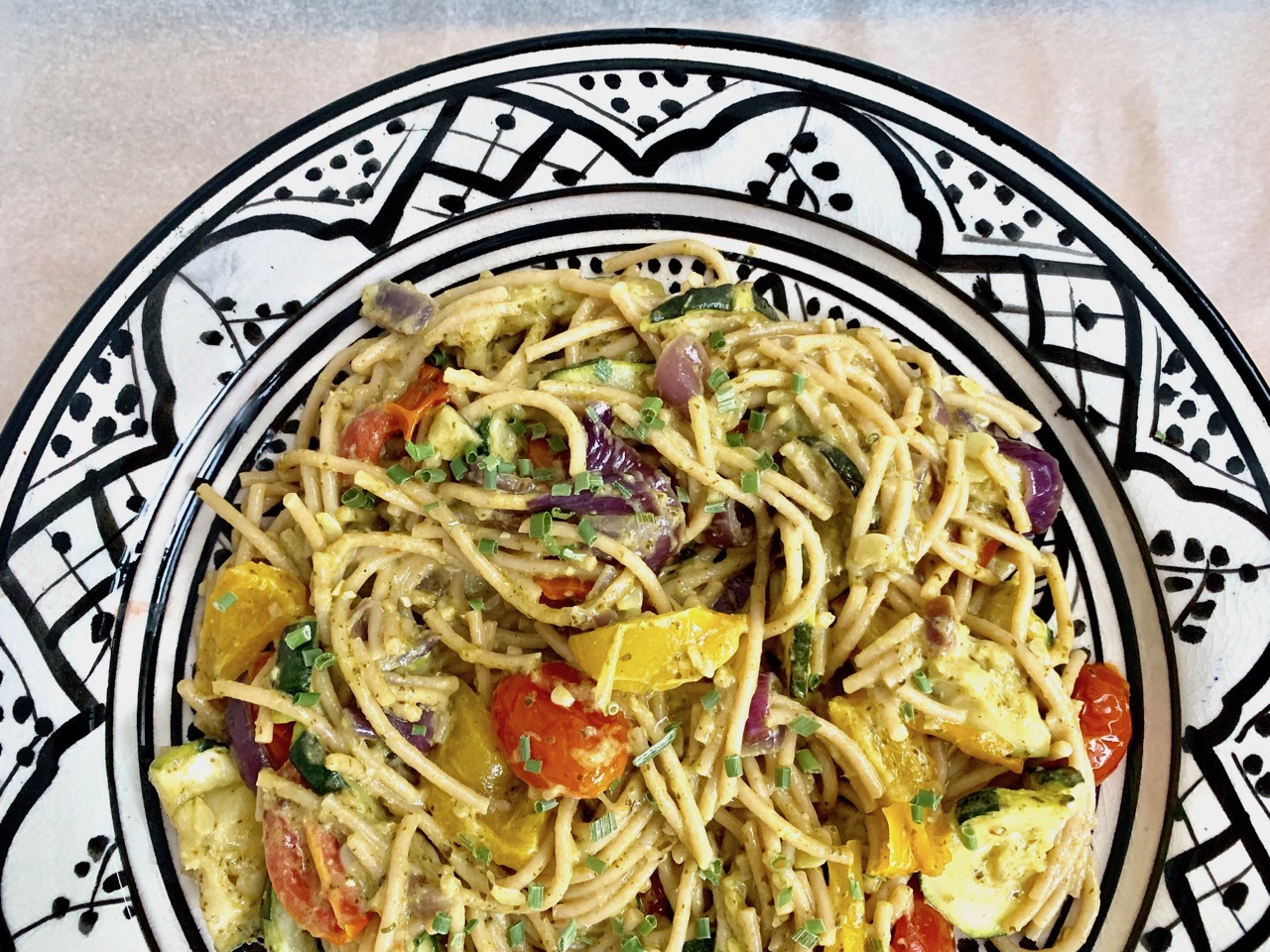 Vegetarische pasta met pesto