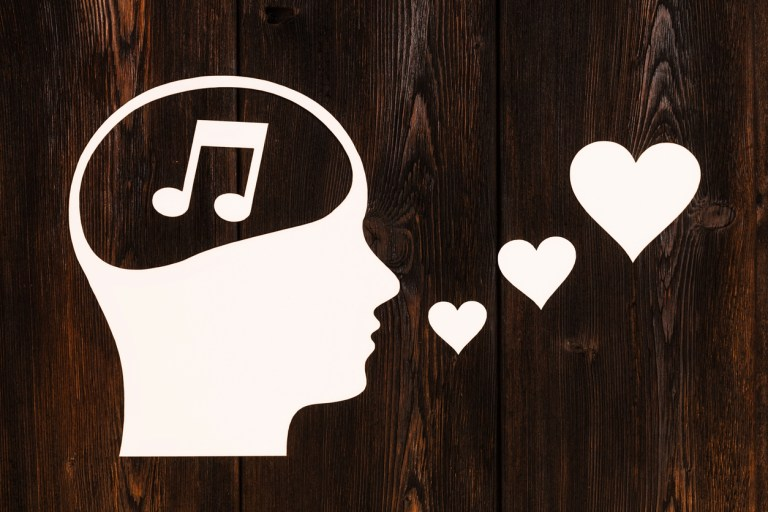 Have Trouble Memorizing Music?  10 Great Tips to Make it Faster and Better!