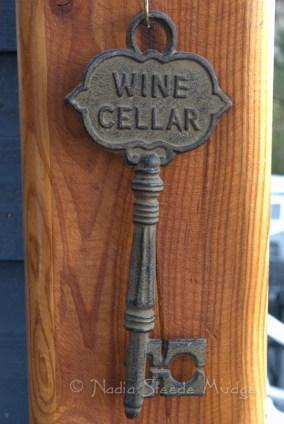 #329 Key to the cellar DSC_2811