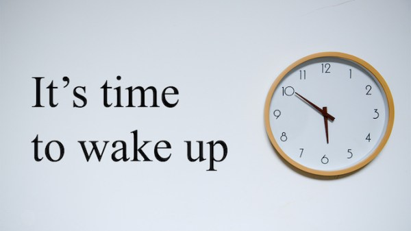 It's time to wake up text with clock