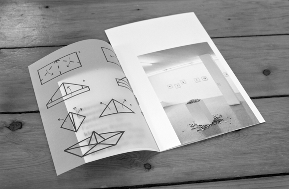 Schiffe bauen - Faltanleitung - Editorial Design - Kunst - Ausstellungskatalog - a2 - Origami