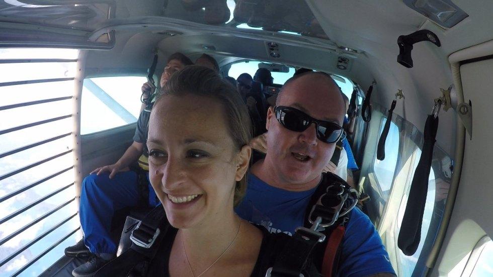 Kurz vor dem Absprung zum skydive