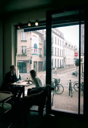 self-assignment people in coffeeshop networking