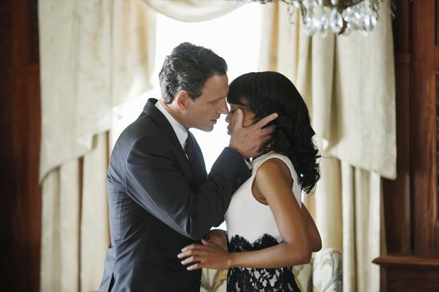 dc79b-scandal-season-2-episode-8-happy-birthday-mr-president-2