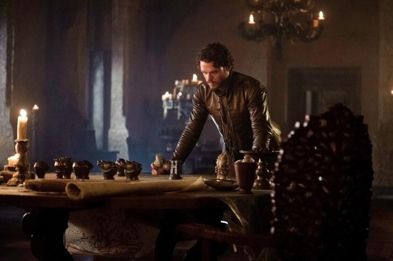 33383-game-of-thrones-season-3-episode-5-richard-madden