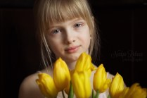 Lovely girl portrait with flowers