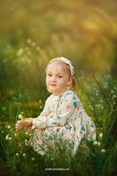 Детская фотосессия на природе. Детский фотограф в Риге, Надя Рубина.